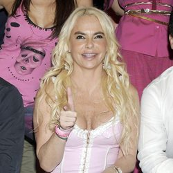 Leticia Sabater enseña las bragas en el estreno del reality 'Expedición Imposible' de Cuatro