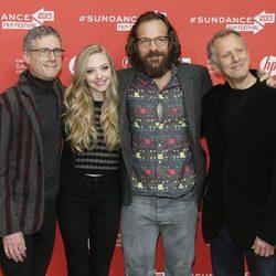 Amanda Seyfried y Peter Sarsgaard escoltado por los directores de 'Lovelace' en Sundance 2013