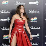 Malú presume de pierna en los Premios 40 Principales 2012
