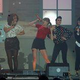 Taylor Swift durante su actuación en los Premios 40 Principales 2012