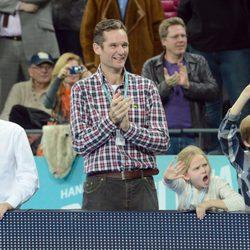Iñaki Urdangarín y sus hijos Juan, Pablo e Irene en la final del Mundial de Balonmano
