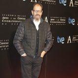Josep Maria Pou en la entrada de la cena de los nominados a los Goya 2013