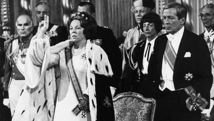 La Reina Beatriz de Holanda el día de su coronación