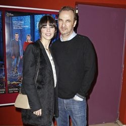 Maribel Verdú y Pedro Larrañaga en el estreno de la obra de teatro 'Hermanas'