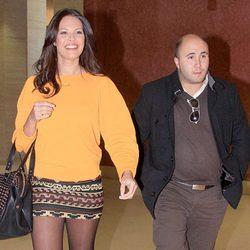 Jessica Bueno y Kiko Rivera a su llegada al Salón Internacional de la Moda Flamenca 2013