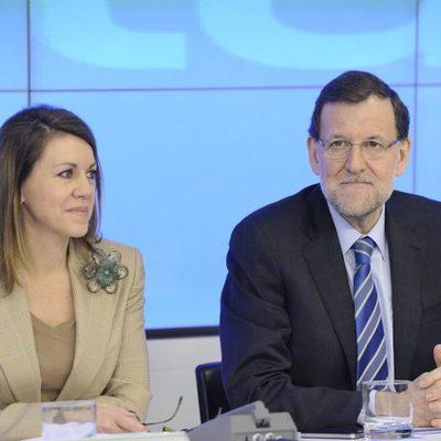 María Dolores de Cospedal y Mariano Rajoy en la sede del PP