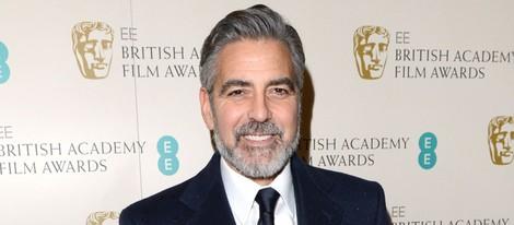 George Clooney en la alfombra roja de los BAFTA 2013