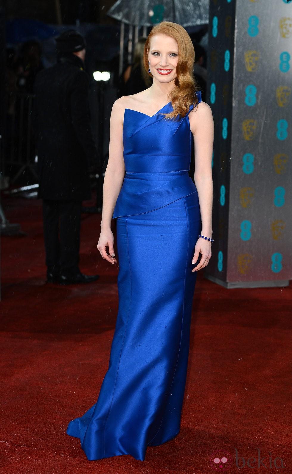 Jessica Chastain en la alfombra roja de los BAFTA 2013
