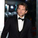 Bradley Cooper en la alfombra roja de los BAFTA 2013