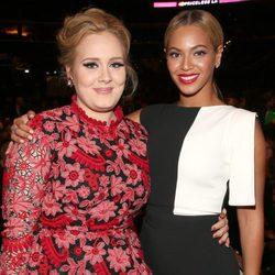 Adele y Beyoncé en los Grammy 2013