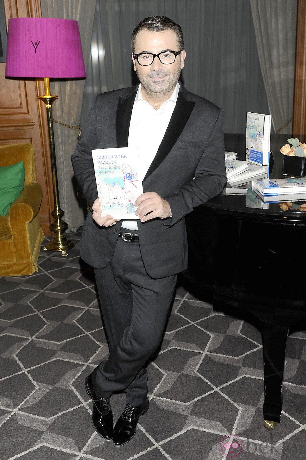 Jorge Javier Vázquez en la entrega del Libro de Oro por 'La vida iba en serio'