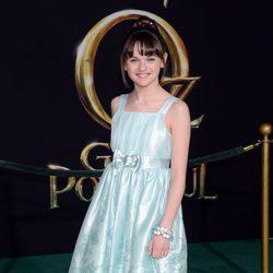 Joey King en el estreno de 'Oz, un mundo de fantasía' en Los Ángeles