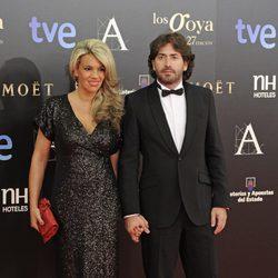 Antonio Garrido en la alfombra roja de los Goya 2013