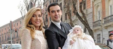 Norma Duval con su hijo Marc y su nieto Izan
