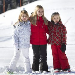 Alexia, Amalia y Ariane de Holanda durante sus vacaciones de invierno en Austria