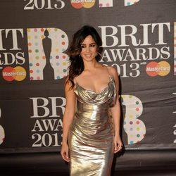 Bérénice Marlohe en la alfombra roja de los Brit Awards 2013