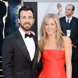 Jennifer Aniston y Justin Theroux en los Oscar 2013