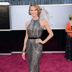 Stacy Keibler en la alfombra roja de los Oscar 2013
