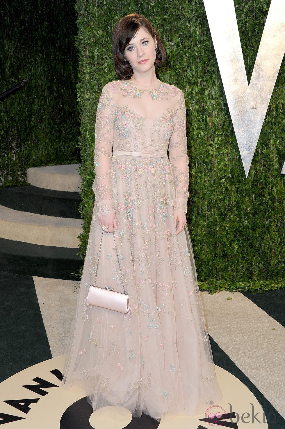 Zooey Deschanel en la fiesta post Oscar 2013 organizada por Vanity Fair