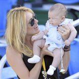 Carolina Cerezuela con su hijo Carlos en el torneo de tenis de Delray Beach