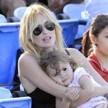 Carolina Cerezuela con su hija Carla en el torneo de tenis de Delray Beach