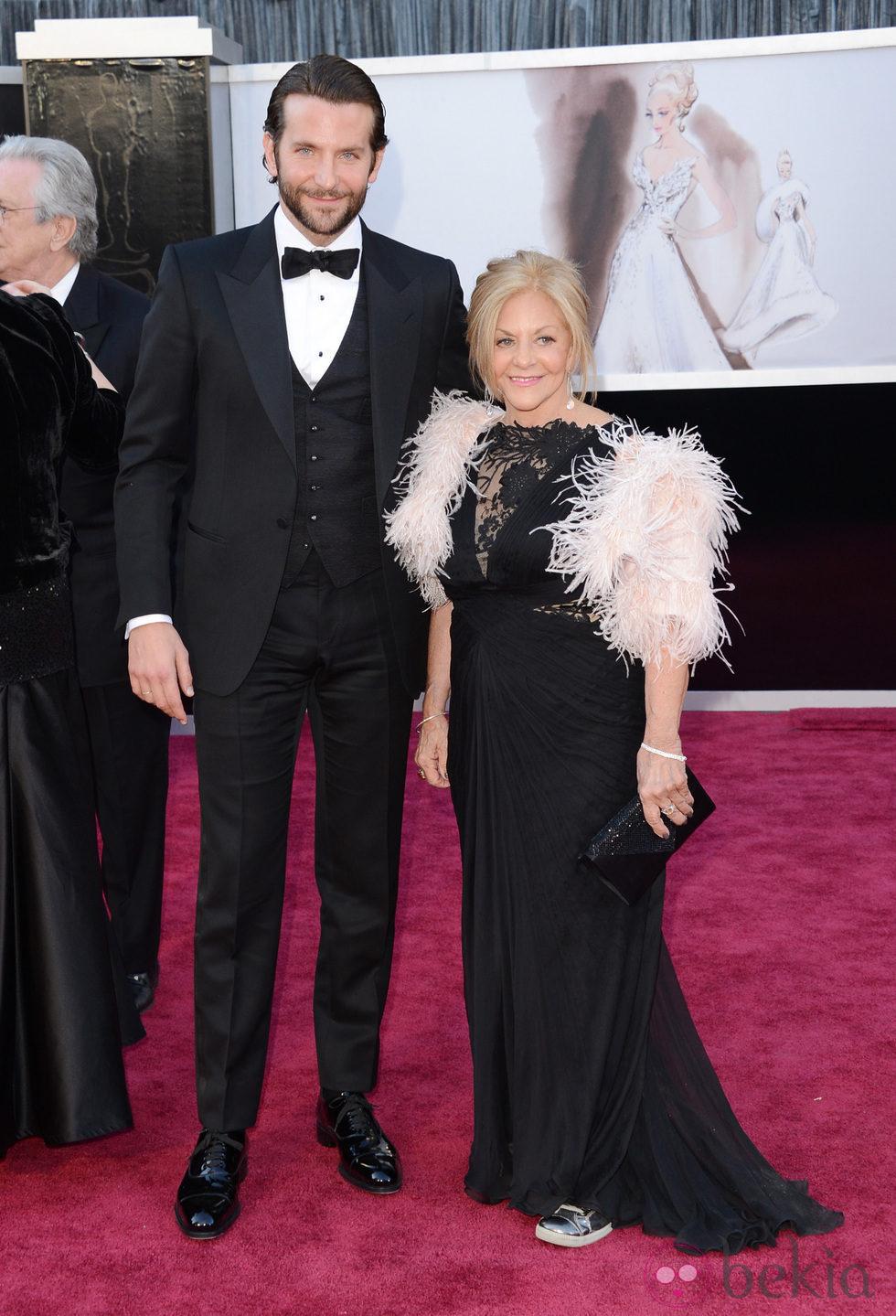 Bradley Cooper en los Oscar 2013