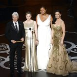 Richard Gere, Renee Zellweger, Queen Latifah y Catherine Zeta-Jones entregan un premio en los Oscar 2013