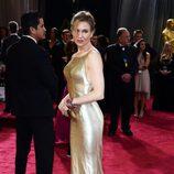 Renee Zellweger en la alfombra roja de los Oscar 2013