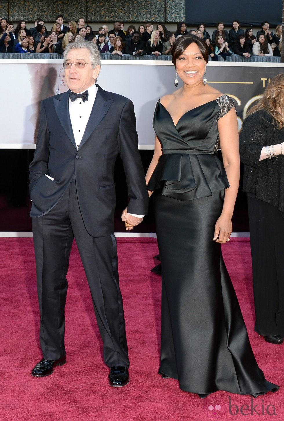 Robert De Niro y Grace Hightower en los Oscar 2013