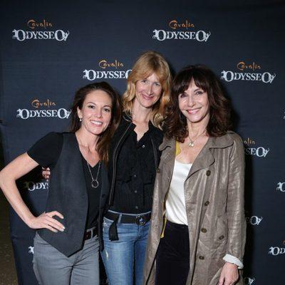 Diane Lane, Laura Dern y Mary Steenburgen en el espectáculo Odysseo
