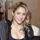 Shakira reaparece en un acto público tras ser madre de Milan