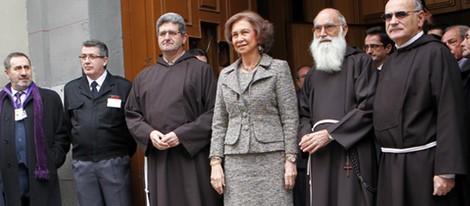 La Reina Sofía visita al Cristo de Medinaceli