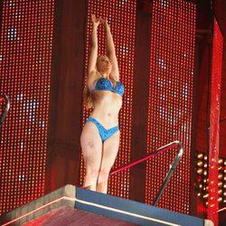 Daniela Blume preparándose para saltar en 'Splash! Famosos al agua'