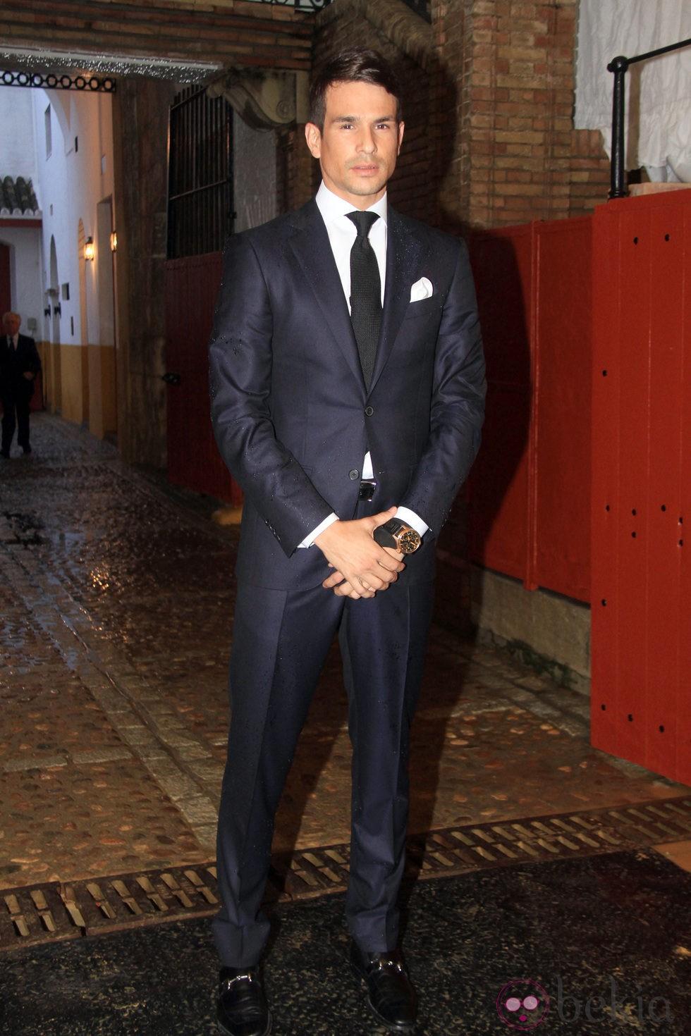 José María Manzanares recoge el premio a la Mejor faena de la Feria de Abril 2012