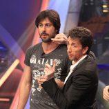 Pablo Motos y Hugo Silva en 'El hormiguero' durante la promoción de 'Los amantes pasajeros'