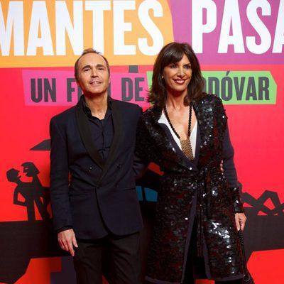 Juan Ribó y Pastora Vega en el estreno de 'Los amantes pasajeros'