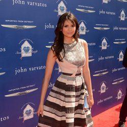 Nina Dobrev en la fiesta solidaria de John Varvatos en Los Ángeles