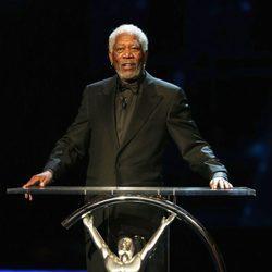 Morgan Freeman presentando los Premios Laureus 2013
