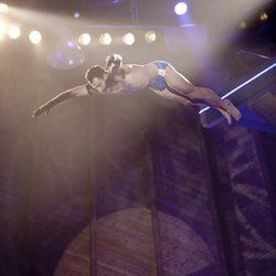 Dario Barrio saltando en 'Splash!, famosos al agua'