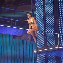 Carla Hidalgo durante su salto en 'Splash!, famosos al agua'