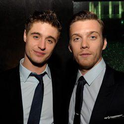 Max Irons y Jake Abel en el estreno de 'The Host' ('La Huésped') en Los Angeles