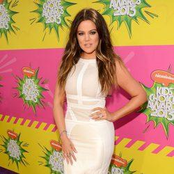 Khloe Kardashian en la alfombra roja de la 26 edición de los premios Nickelodeon
