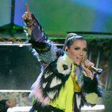 Ke$ha durante su actuación en los Nickelodeon's Kids' Choice Awards 2013