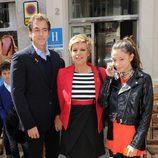 Terelu Campos con Carlos Pombo y su hija Alejandra en la Semana Santa de Málaga 2013