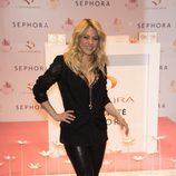 Shakira presenta su perfume 'S by Shakira Aquamarine' en París