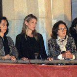 Patricia Rato disfruta de las procesiones del Miércoles Santo de la Semana Santa de Sevilla 2013