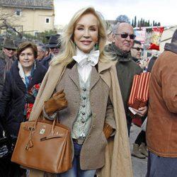 Carmen Lomana en la corrida de primavera de Brihuega