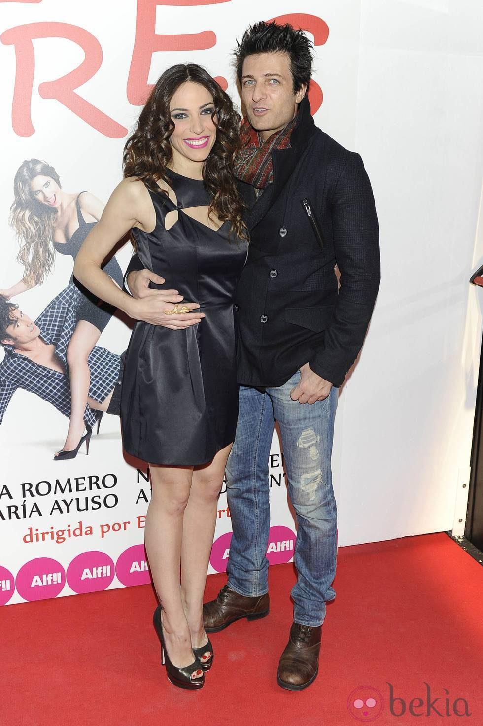 Nerea Garmendia y Jesús Olmedo en el estreno de 'Tres'