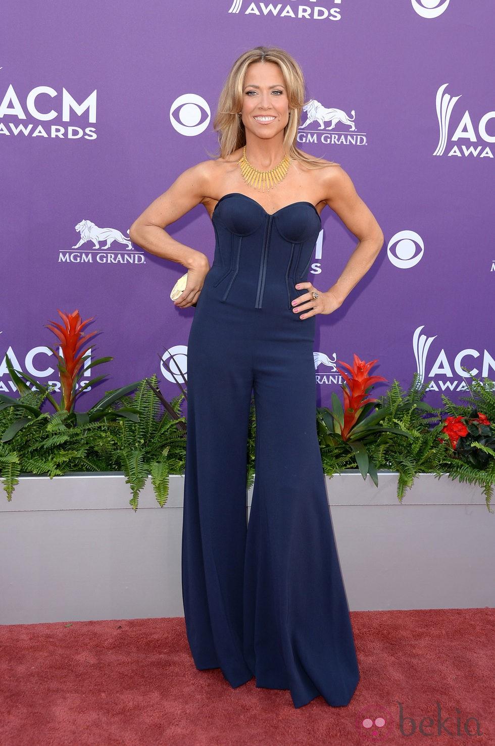 Sheryl Crow en la alfombra roja de los Premios de Música ...