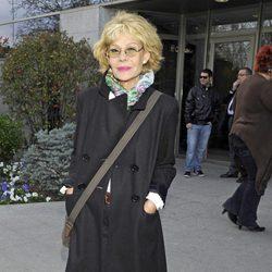 Rosa Valenty en el entierro de Sara Montiel en Madrid